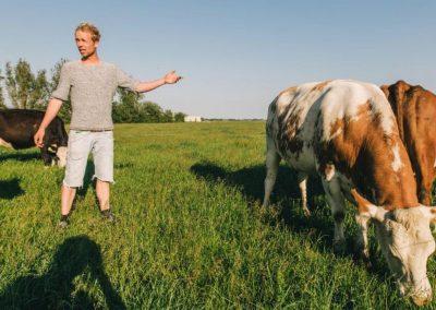 Boer Jaring, een jonge boer die alles anders wil doen